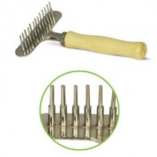 Расческа-грабли с деревянной ручкой 80*140 мм